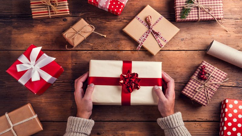 Should trainees get their teachers Xmas gifts?